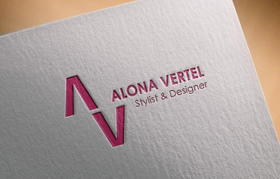 עיצוב חומרי מכירה: עיצוב כרטיסי ביקור, עיצוב ניירת משרדית הכוללת דף A4 ומעטפות.